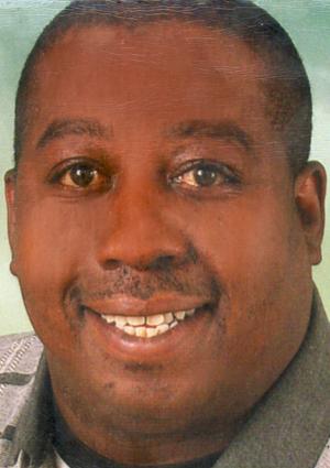 Portrait von Darnell Surratt
